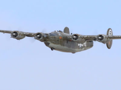 Consolidated B-24 - Warbirds West